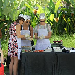 Cooking class can be your ideal activity to do with your family or friends during holiday in Bali. Togetherness is one of positive effects that you will get from this class.