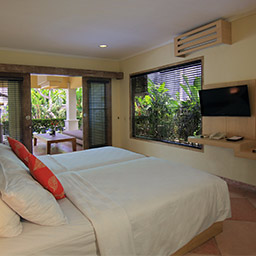 In addition to a good sleep, this air conditioned twin bedroom ensures your kids will not get bored easily by television with satellite channels.