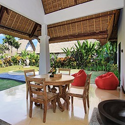 If you think to have a meal with this surroundings, feel free to dial our room service for in-villa dining or even a private BBQ arrangement.