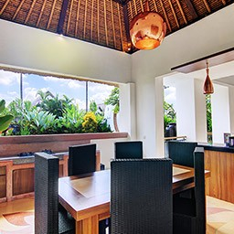 There is nothing more fun, intimate and joyful than eating together with people you loved. The dining space is positioned within kitchenette area.